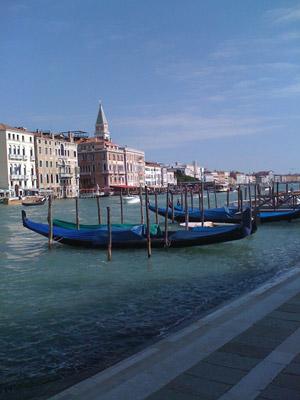 Venicegondolas041211